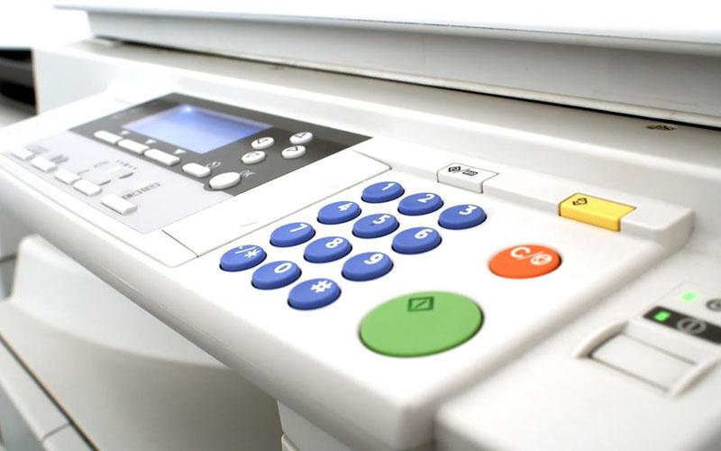Nhấn phím Start để bắt đầu photocopy
