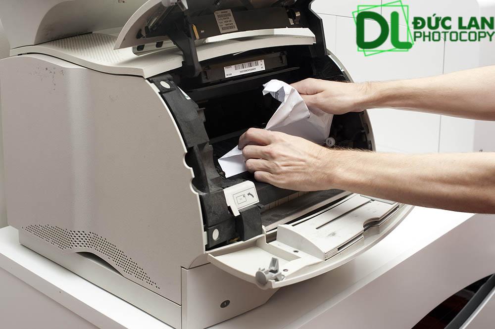 Nên chọn thương hiệu uy tín để tránh máy photocopy thường xuyên bị hỏng