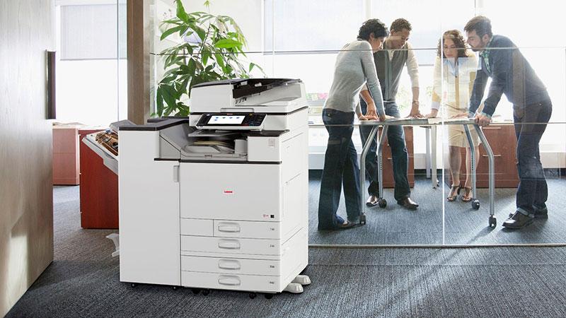 Đặt máy photocopy ở nơi thoáng mát tránh ánh nắng mặt trời